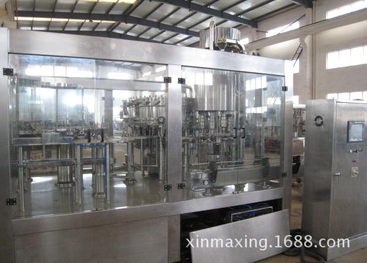 厂家供应XGF系列瓶装水灌装机 鑫玛星 矿泉水、纯净水