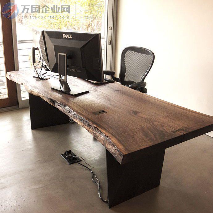 铁艺 、实木做旧不规则餐桌可用于餐饮店/咖啡厅/酒店