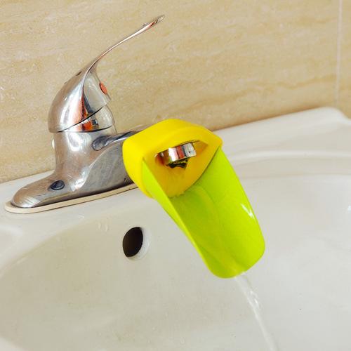 厂家直销带专利儿童辅佐导水槽 洗手器 玫红,蓝色,黄色