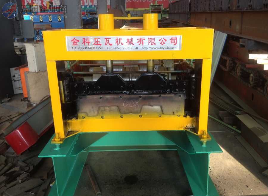 688型楼承板压型设备 冷弯机 承重板机 彩钢瓦机